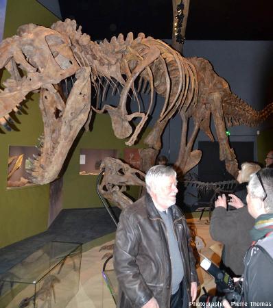 Bien qu'il n'y ait pas de dinosaure en Auvergne, Paléopolis présente des dinosaures, en particulier le fameux Tyranosaurus rex