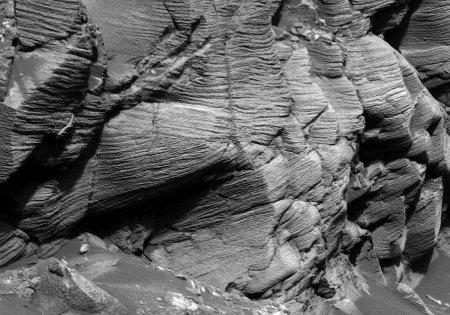 Mars / Opportunity: très gros plan sur les stratifications obliques du cap Ste Mary