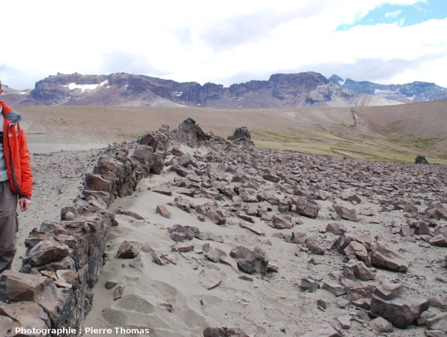 Dykes dans un paysage, Patagonie (Argentine)