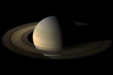 Saturne le lendemain de l'équinoxe, le 12 août 2009