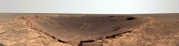 Le cratère Endurance, de 130m de diamètre (14 septembre 2004)