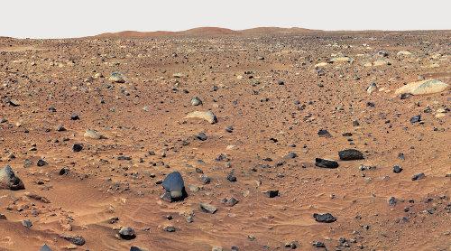 La plaine caillouteuse aux environs du site d'atterrissage de Spirit (3-5 mars 2004)