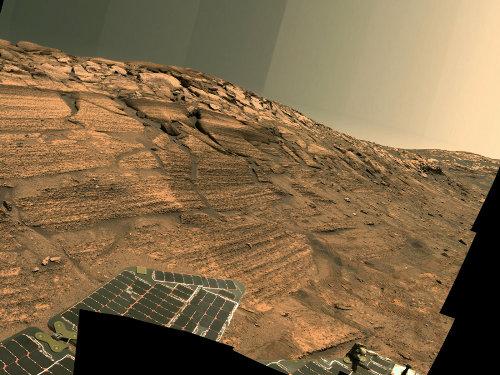 L'Ouest des «Falaises brûlées» (Burns Cliff), paroi du cratère Endurance (13 au 20 novembre 2004)