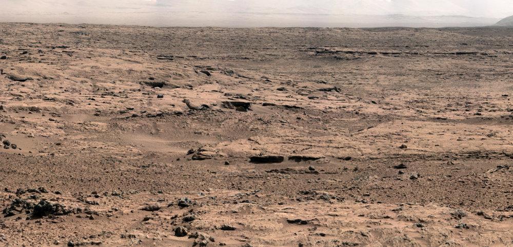 Depuis le site nommé Rocknest, vue prise en direction du Nord (octobre-novembre 2012)