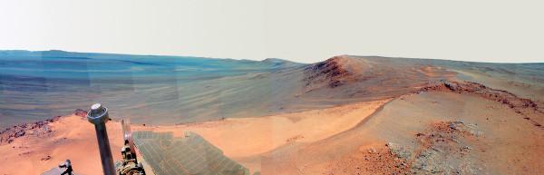Le rebord Ouest du cratère Endeavour vu du secteur nommé Greeley (décembre 2011 –mai 2012)