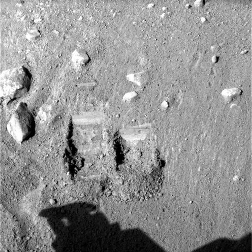Les tranchées Dodo (à gauche) et Baby bear (à droite), Phoenix (Mars)