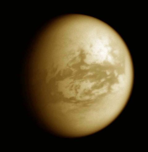 Le secteur d'Adiri, vue IR en fausse couleur, sur Titan