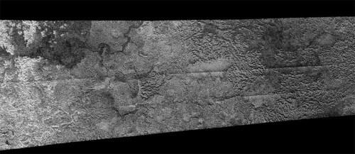 Figure d'écoulement sur Titan, satellite de Saturne