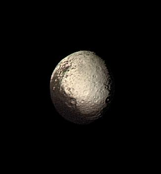 Japet vu par Voyager en 1981