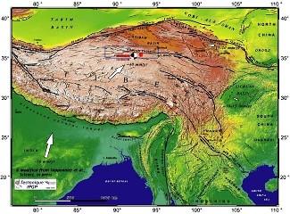 Le puissant séisme (M=7,9) qui s'est produit dans le nord du Tibet central le mercredi 14 novembre 2002 a été très fortement ressenti à Golmud, bien qu'aucun dégât n'ait été rapporté jusqu'à présent
