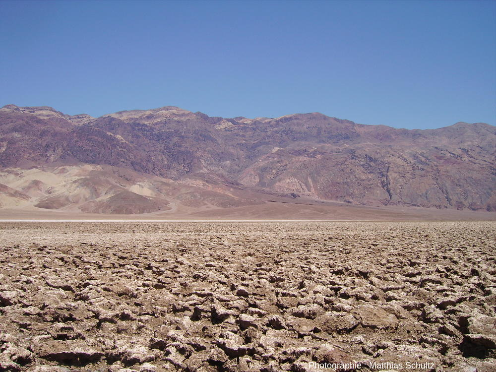 Devil's Golf Course, le terrain de golf du diable, au cœur de la Death Valley, Californie