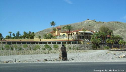 Un hôtel à l'entrée de la Vallée de la Mort