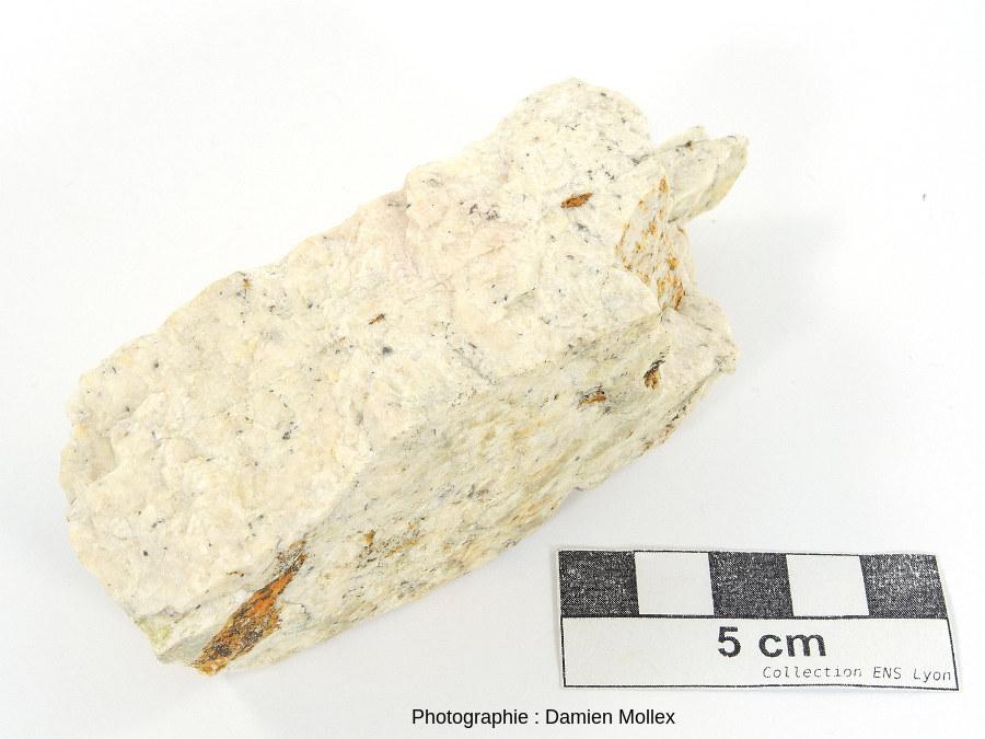 Échantillon d'albitite provenant de la carrière de Saint Arnac - Lansac