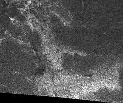 Première image radar obtenue sur Titan, d'une distance de 2500km