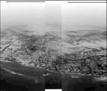 """Mosaïque de trois images du module Huygens montrant une vue oblique de la """"ligne de côte"""""""
