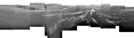 Mosaïque sur 360° d'images obliques prises par Huygens à environs 8km d'altitude au-dessus de Titan