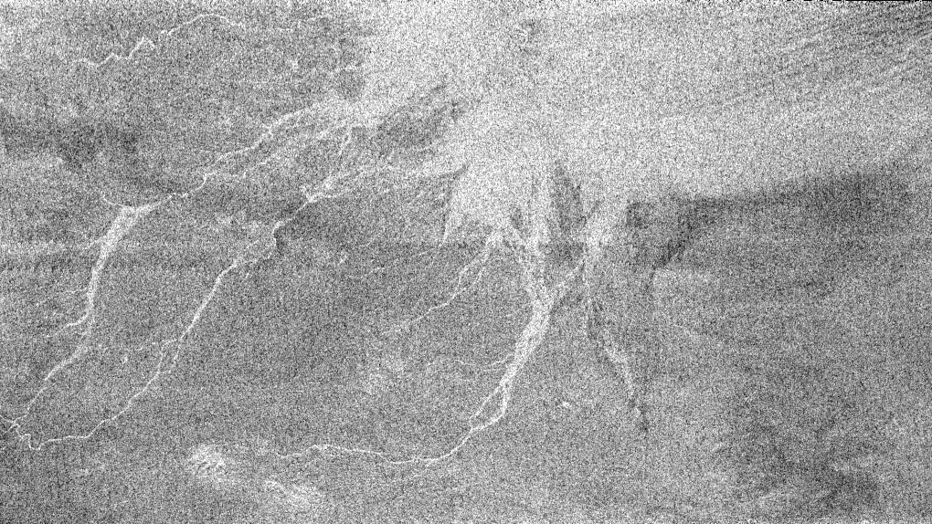 """Un réseau """"hydrographique"""" sur Titan, situé à l'Est de Circus Maximus"""