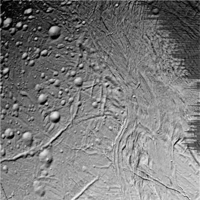 Terrains de deux tranches d'âges sur Encelade