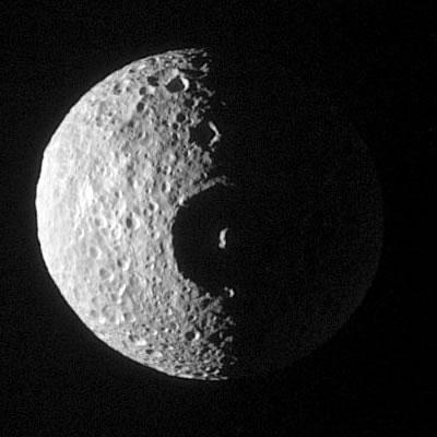 Mimas et le cratère Herschel