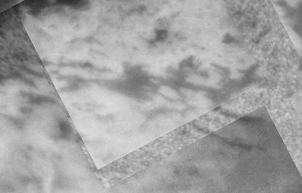Réseau linéaire de terrains sombres sur Titan