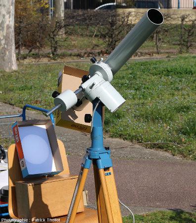Dispositif d'observation du Soleil par projection, vue générale