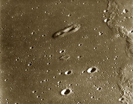 Cônes volcaniques dans l'océan des Tempêtes (Oceanus Procellarum) sur la Lune