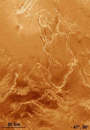 Sillons flexueux (sinuous rilles) à la surface de Vénus