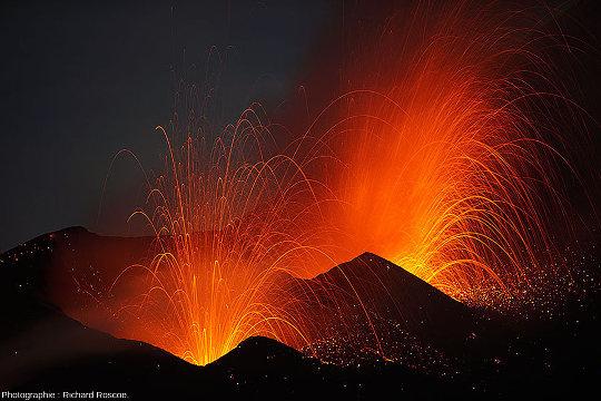 L'image d'Épinal d'une éruption volcanique: l'éruption strombolienne (2014, Fogo, Cap Vert)